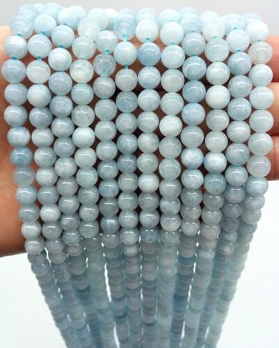 Perlas de aguamarina de 6mm en hilo de 40cm