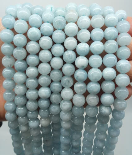 Perles Aigue Marine 8mm sur fil 40cm