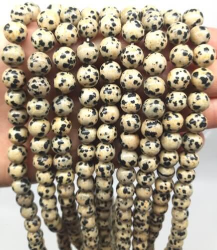 Perles Jaspe Dalmatien 8mm sur fil 40cm