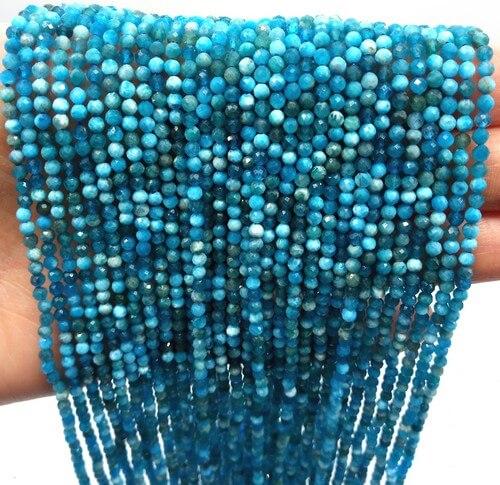 Perles facettées Apatite 2mm sur fil 40cm